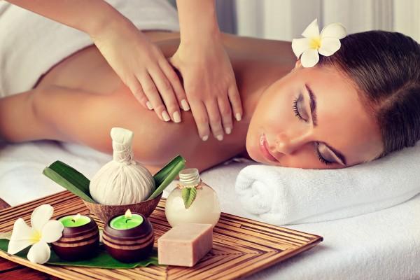 Lomi-Lomi-Nui-Massage